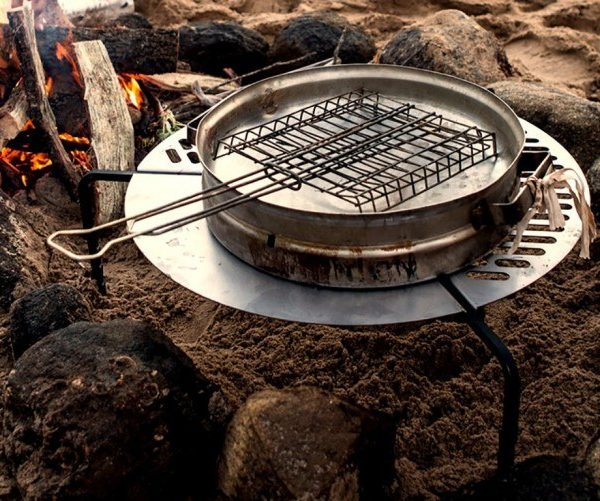 BBQ Grill Grate Tire Mounted