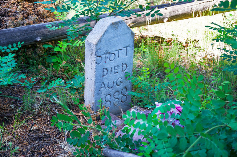 Stott Gravesite on Hangman Trail Arizona